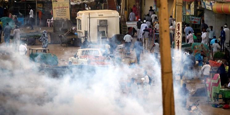 تظاهرات در سودان با وجود اعلام وضعیت فوق العاده
