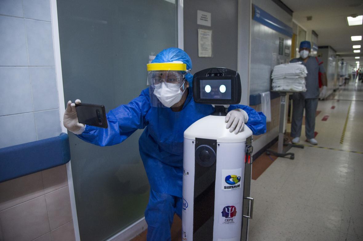 روباتی که همدم بیماران کرونایی می شود