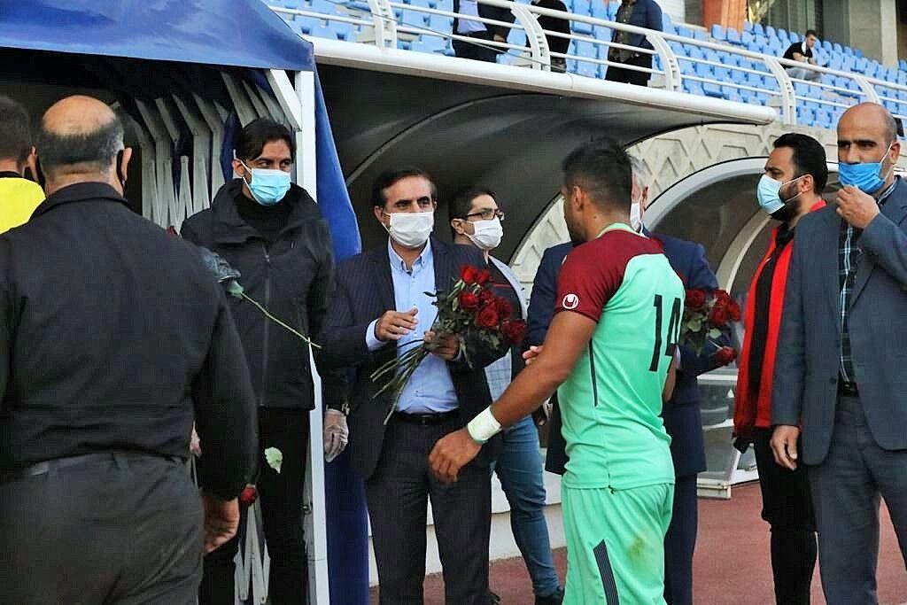 خبرنگاران 2 زمین تمرین مشهد در اختیار تیم فوتبال شهرخودرو قرار می گیرد