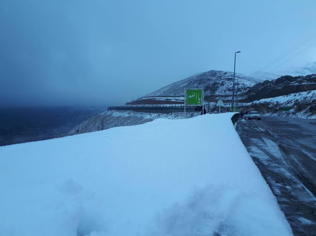 خبرنگاران مسیرهای کوهستانی پایتخت سفید پوش شد