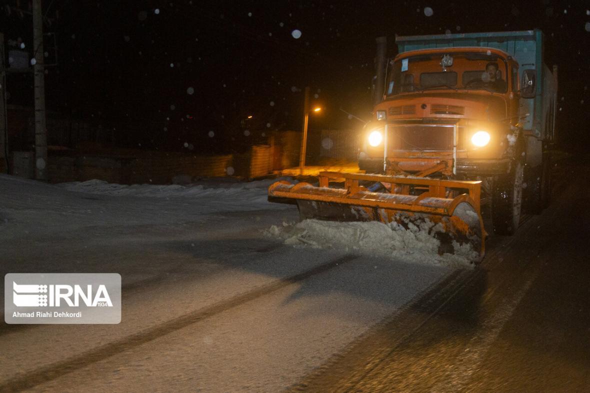 خبرنگاران کولاک برف ارتفاعات و گردنه های چهارمحال و بختیاری را فرا می گیرد